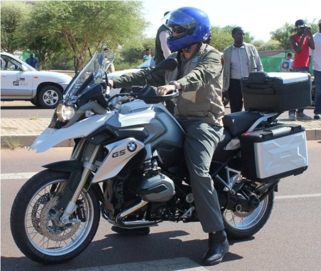 Photo of President Khama Rides For Charity!