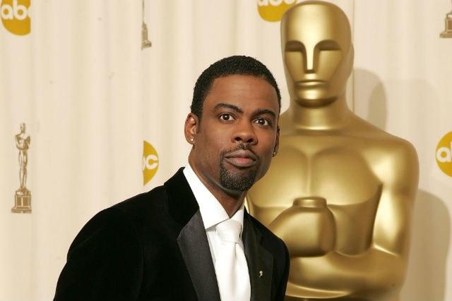 Photo of Chris Rock Won't Boycott Hosting The Oscars