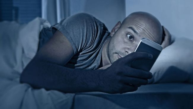 Photo of 10 Warning Signs You Are Addicted To The Internet.