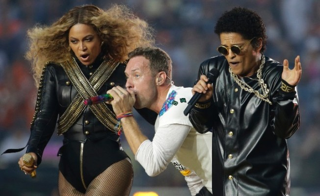 Photo of Coldplay, Bruno Mars And Beyonce: Super Bowl 50 Halftime Show!