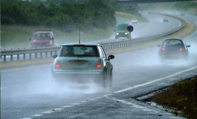 Photo of 10 Life Saving Ways To Drive On A Rainy Day!
