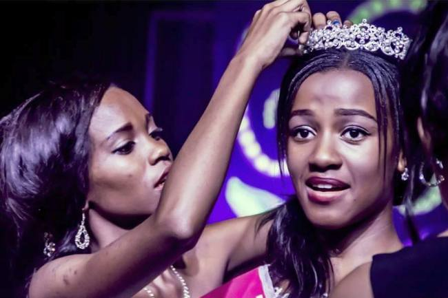 Photo of Michelle Bogoleng Becomes Miss Teen Universe Botswana 2016.