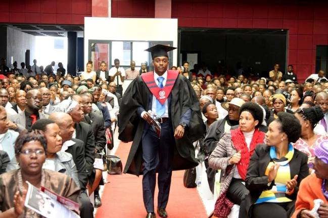 Photo of Botho University Releases Over 800 Graduates