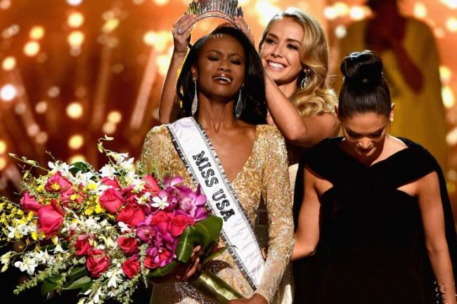 Photo of Black Woman Serving In The US Army Wins Miss USA!