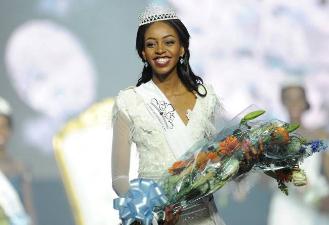 Photo of Miss Botswana's ESP Answer Steals The Show