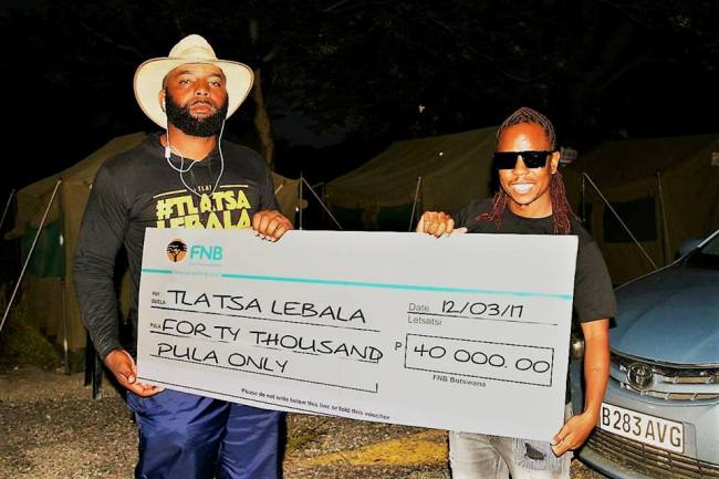 Vee donates p40 000 towards tlatsa lebala botswana youth magazine - Laat kast ...