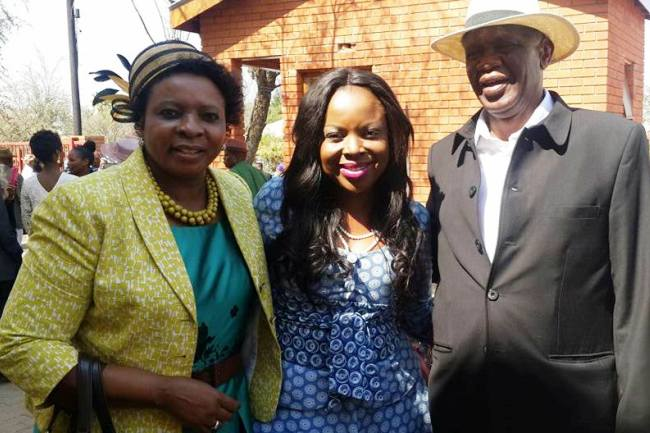Photo of Read: Tshepo Maphanyane's Sweet Message To Her Parents On Their 30th Anniversary