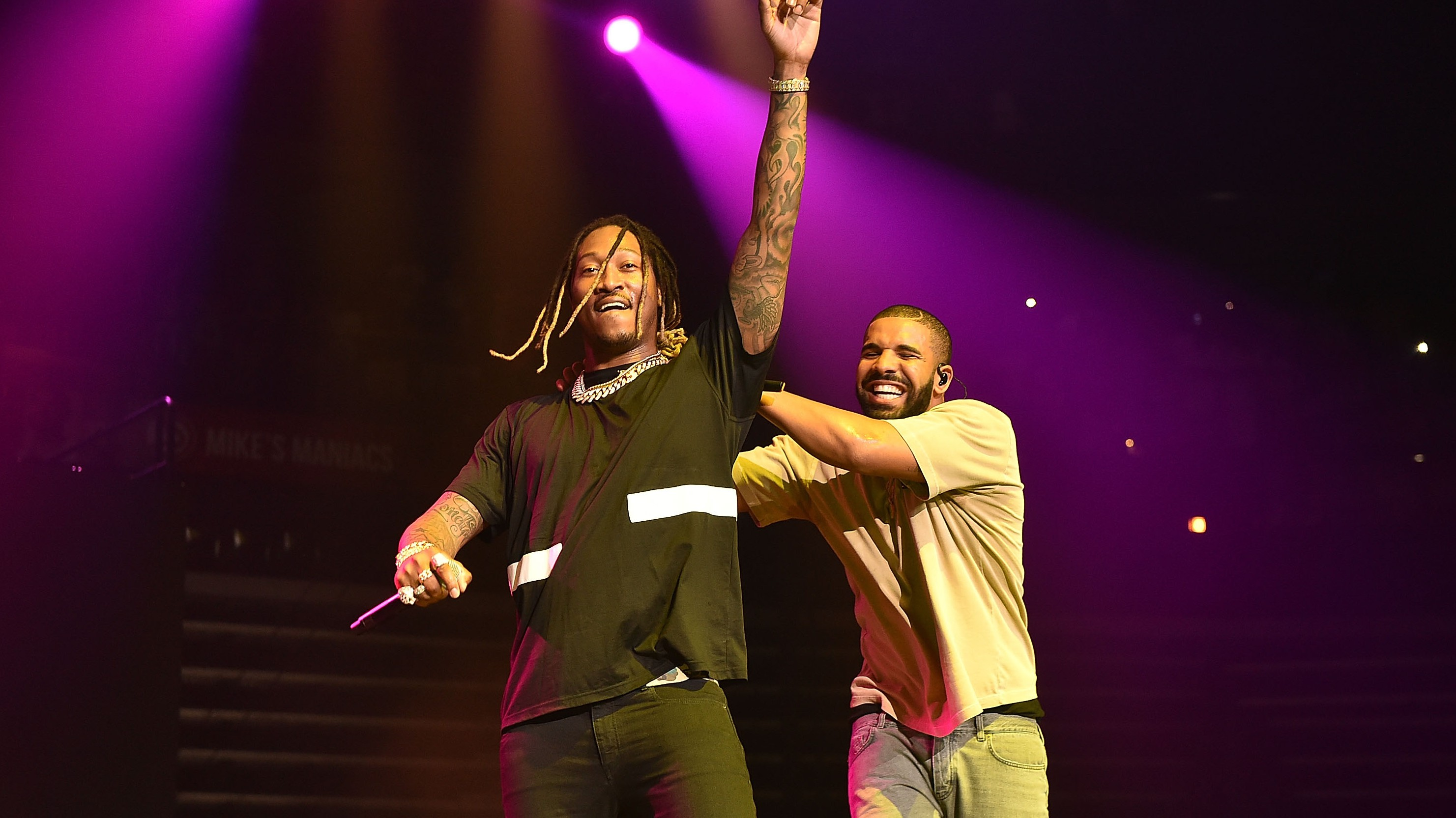 Photo of Drake & Future Sued For $25 Million By Woman Who Was Allegedly Raped At Concert