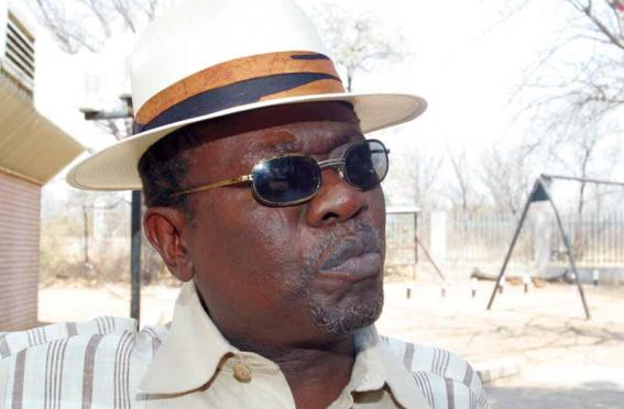 Photo of Local Jazz Muso John Selolwane Claims To Have Seen Hugh Masekela's Death In A Dream
