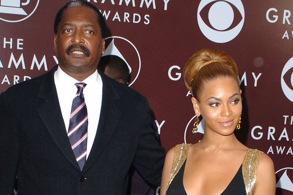 Photo of Beyonce's Father Claims She Is Only Successful Because Of Her Light Skin