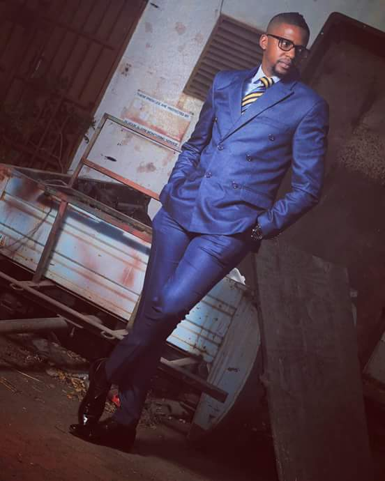Photo of Wear a suit like Thabo Mhlanga