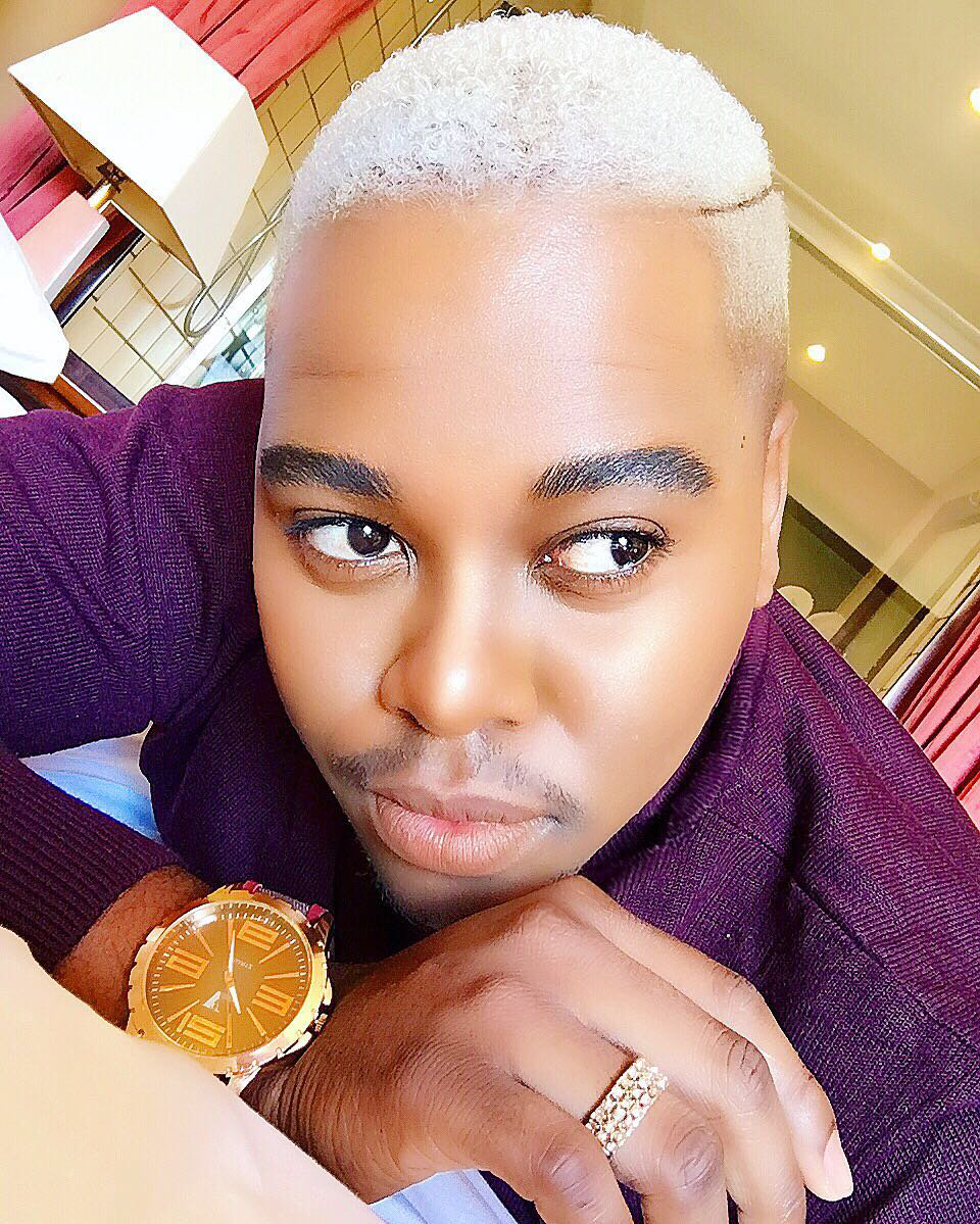 Photo of 5 selfies that elevates the glow in Tlhomamo