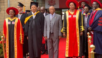 Photo of President Festus G. Mogae  inaugurated as Chancellor of  University in Nairobi Kenya
