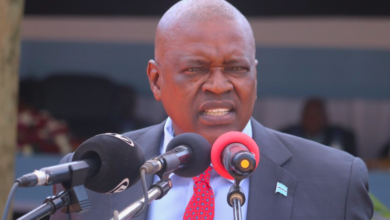 Photo of President Masisi Warns Batswana against putting on party colours on election day
