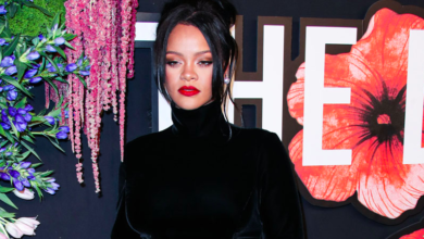 Photo of Rihanna says she's not a 'sellout'