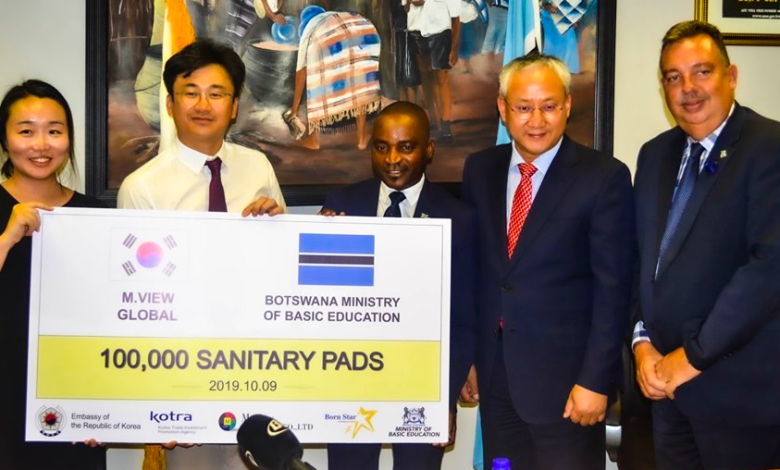 Korean Embassy Donates Sanitary Pads To The Ministry of Basic Education